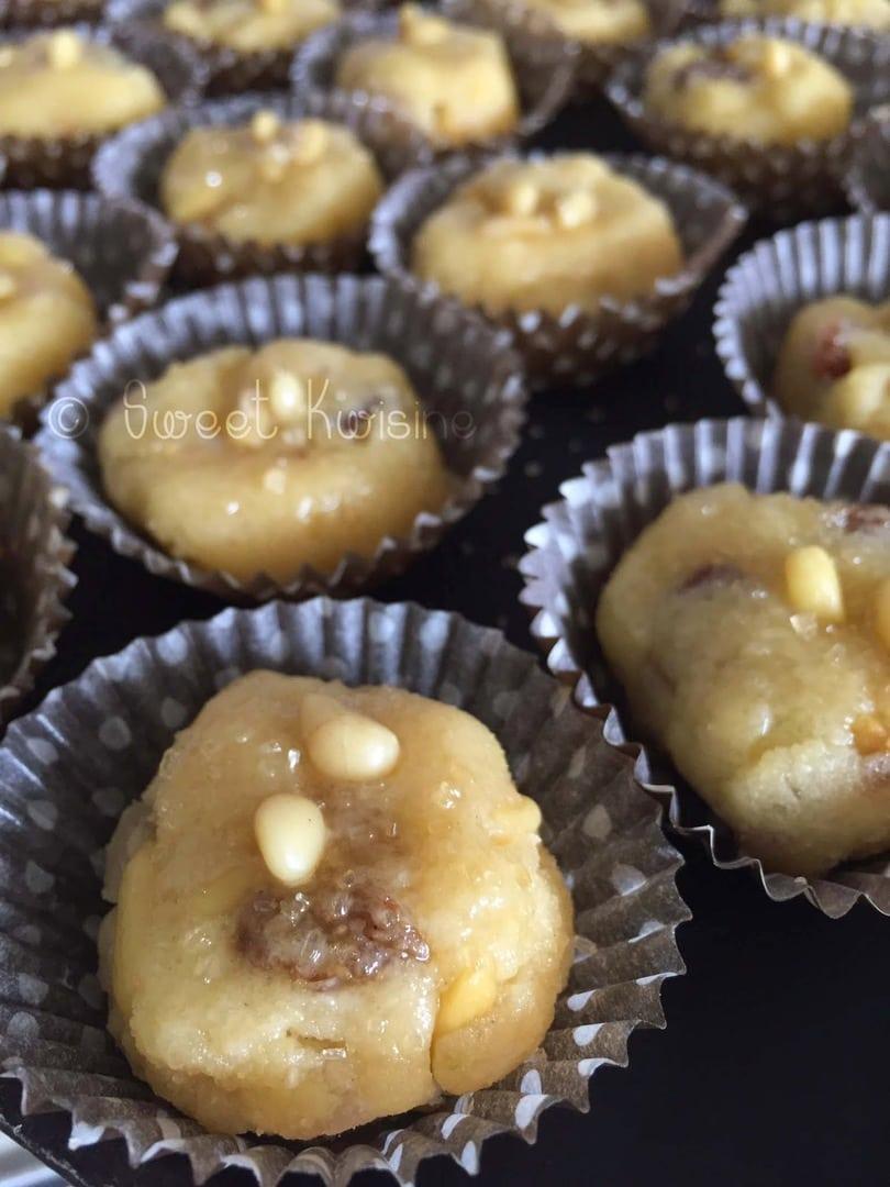 sweet kwisine, biscuits , noel, christmas, cookies, pignons de pin, orange, citron, raisins secs, sablés